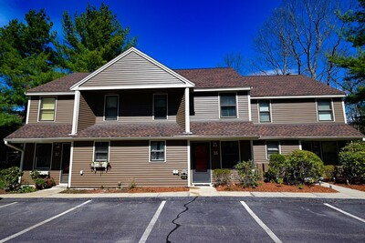 Main Photo: 35 Mallard Dr Unit 35, Fitchburg, MA 01420