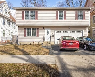 13 Ruskin St, Springfield, MA 01108 - Photo 1