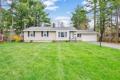 Main Photo: 38 Mount View Dr, Holden, MA 01520