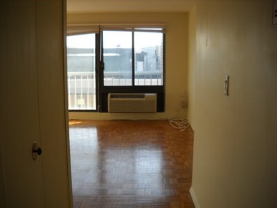 1105 Massachusetts Ave Unit 6E, Cambridge, MA 02138 - Photo 1