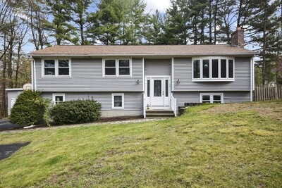 Main Photo: 39 Tanglewood Rd, Sterling, MA 01564
