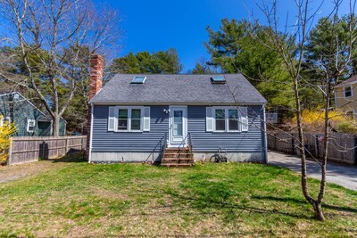 33 Buzzards Bay Dr, Plymouth, MA 02360 - Photo 1