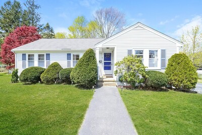 Main Photo: 51 Forest Avenue Ext, Plymouth, MA 02360