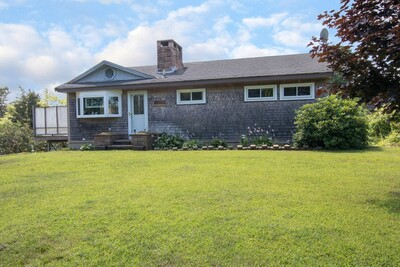 Main Photo: 1 Clearwater Dr, Plymouth, MA 02360