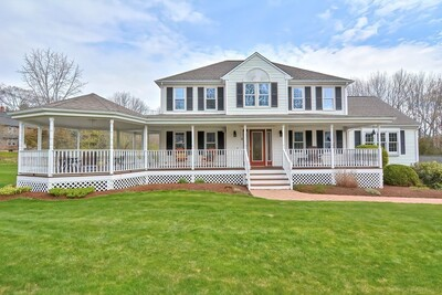 Main Photo: 2 Country Hill Ln, Plainville, MA 02762