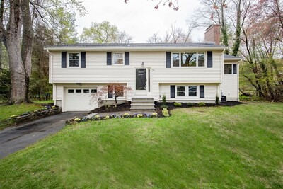 52 Arakelian Dr, Billerica, MA 01821 - Photo 1