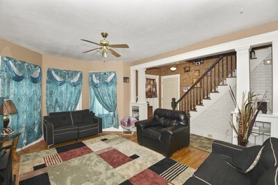 63 Whipple St, Worcester, MA 01607 - Photo 1