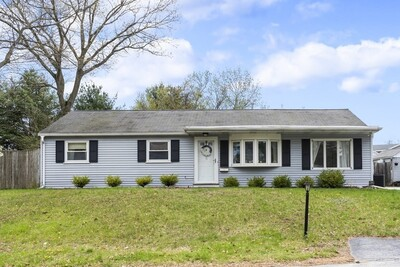 5 Eclipse Ave, Chelmsford, MA 01824 - Photo 1