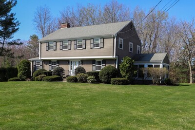 Main Photo: 14 Sherbrooke Dr, Dover, MA 02030