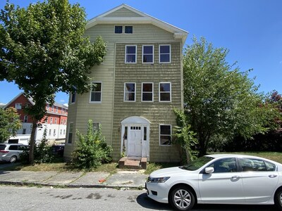 Main Photo: 30 Cohasset St, Worcester, MA 01604