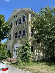 30 Cohasset St, Worcester, MA 01604 - Photo 1
